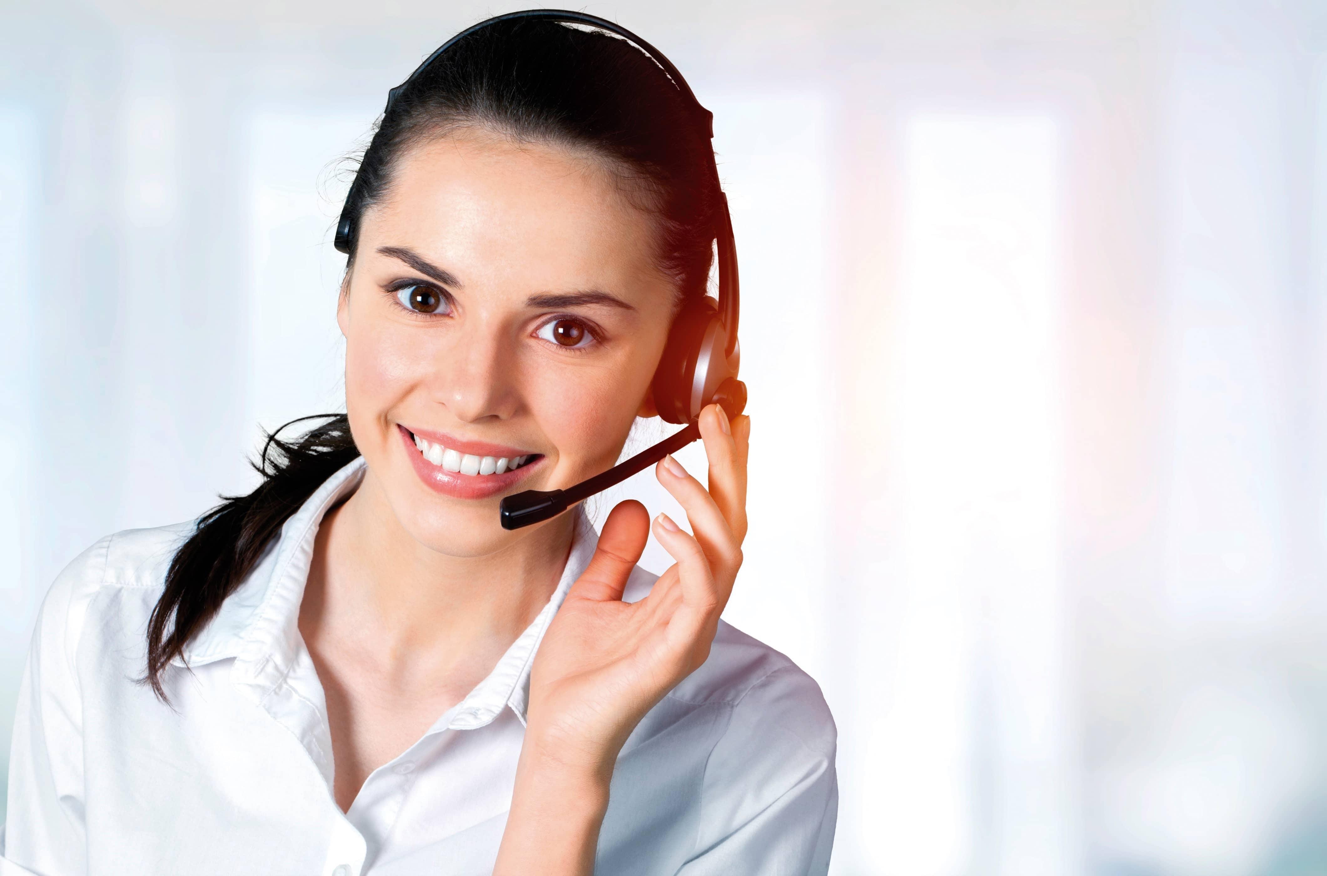 Telefonon ügyfélszolgálatunkon